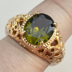 10k Gold Fill Peridot Size 8 Ring GF YG Filigree